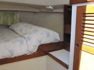 Key West Sailing Adventure Private Sailing Charters Our Boat Obsession Master Cabin Bed