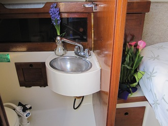 Key West Sailing Adventure Private Sailing Charters Our Boat Obsession Main Cabin Bathroom